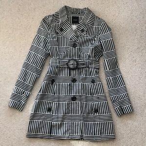 Vera Moda fun black and white trench coat. Size M.